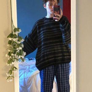 Comfy vintage looking sweater